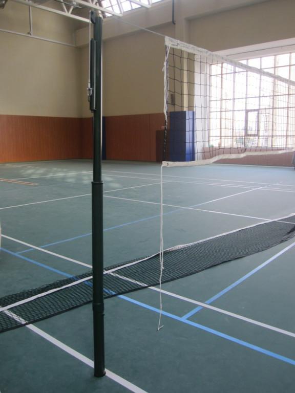Kyпить стойки теннисные волейбольные