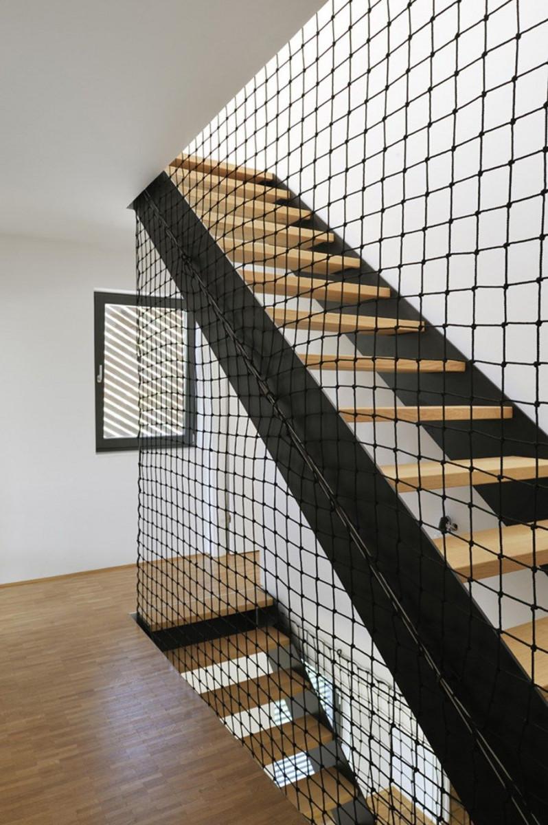 Сетка для лестниц